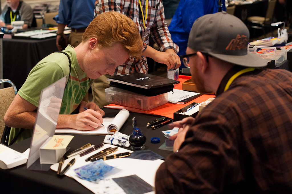 Curtis at Dan's table. Along with winning the pen, Dan included a free nib tuning, or a grind of choice.